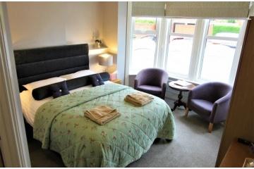 Room 1 - King Room (Ground Floor)